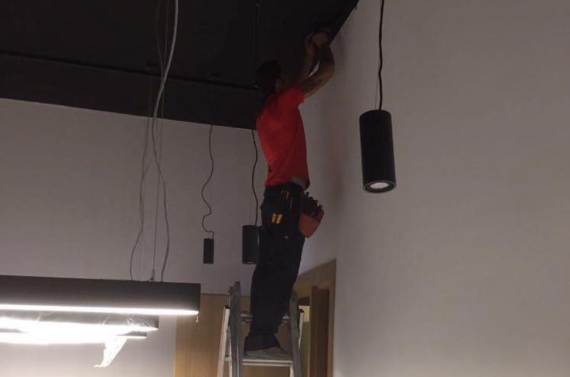 Lichtinstallation, Netzwerkinstallation, Elektroinstallation, Foxart, Beleuchtung